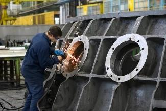 Elektro-Handwerkzeuge in der metallverarbeitenden Industrie